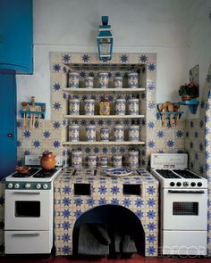 Traditional mexican  tiled kitchen style