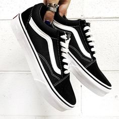 BACK IN STOCK The perfect balance of street cool and luxe , the Vans Old Skool in Black will land your high rotation list for sure Hurry, they're sure to sell out quick again #stylesquad Grab your pair now at Stylerunner.com #stylerunner