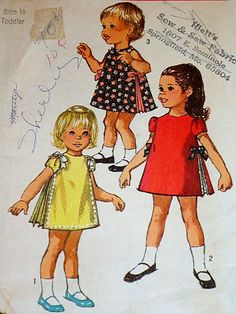 Vintage 1960's Simplicity 8564 Sewing Pattern, Toddlers' Dress, Size 1/2, Breast 19
