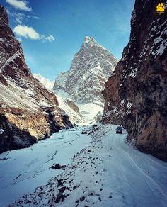Beginning of Chadar trek in Ladakh!
