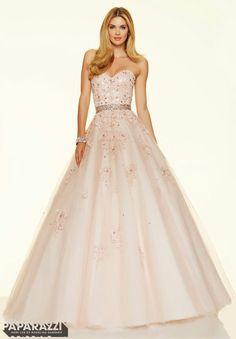 Full skirt prom dress pretty elegant