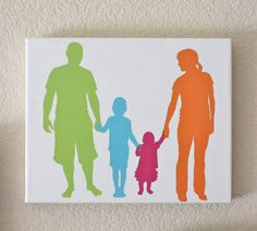 leuke familiefoto op canvas geverfd. eerst de witte ondergrond dan in kleur de uitgeknipte foto.