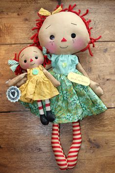 Mother's Day You Are My Sunshine Primitive by HeartstringAnnie Dolls And Daydreams, Fabric Dolls, Rag Dolls, Homemade Dolls, Ann Doll, Raggedy Ann And Andy, Stuffed Toys Patterns, Doll Face, Sewing For Kids