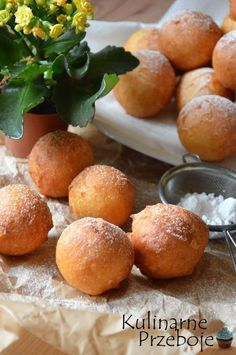 Pączki w 5 minut - HIT, który koniecznie musicie wypróbować! Sweet Recipes, Cake Recipes, Snack Recipes, Dessert Recipes, Cooking Recipes, I Love Food, Good Food, Yummy Food, Food Cakes