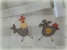 O galo e a galinha em apliquê