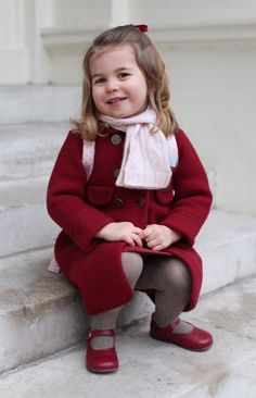 Princess Charlotte poses for her mum in the adorable photo