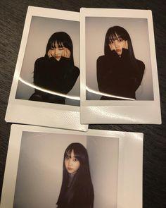 Portrait Photography Poses, Photo Poses, Film Photography, Teen Girl Photography, Korean Aesthetic, Aesthetic Girl, Polaroid Pictures, Polaroids, Instagram Pose
