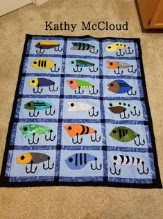 Your place to buy and sell all things handmade Fish Quilt Pattern, Patchwork Quilt Patterns, Applique Quilts, Free Motion Quilting, Quilting Tips, Quilting Projects, Barn Quilt Designs, Quilting Designs, Sewing For Dummies
