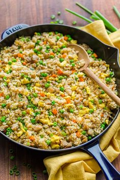 Chicken Fried Rice is one of our go-to EASY 30-minute meals. Fried Rice is perfect for meal prep and a genius way to use leftovers. It's actually even better with leftover rice. #chickenfriedrice #friedrice #chickenrecipes #30minutemeals #natashaskitchen #rice #friedricerecipe Shrimp Fried Rice, Fried Chicken, Sesame Chicken, Kitchen Recipes, Cooking Recipes, Lemon Chicken Pasta, Garlic Shrimp, White Rice Recipes, White Rice Dishes