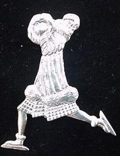 NYC-Central-Park-Skater-Sterling-Ornament-Pendant-1997-Hand-Hammer-1999