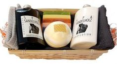 Wellness Geschenkset Sandelholz for Men - 7 teilig 7 tlg SPA Sandelholz Duschbad und Shampoo, Bodylotion, Naturseife, Badebombe, 2x Handtuch 30x50 hellgrau und anthrazit im Bambuskorb
