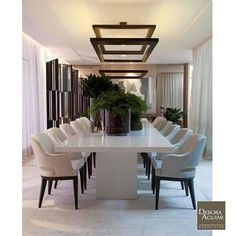 One of the easiest and most overlooked ways to bring shades to your Dark Dining Room is by changing up your lighting sources with modern ideas. Dining Room Design, Modern Dining Room, Elegant Dining Room, Interior Design, Luxury Dining Room, Modern Room, Luxury Dining Tables, Dark Dining Room, Dining Room Table Marble