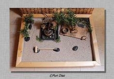 Mini jardin zen Indoor Zen Garden, Zen Rock Garden, Mini Zen Garden, Garden Art, Miniature Zen Garden, Miniature Plants, Miniature Gardens, Terrariums, Garden Terrarium