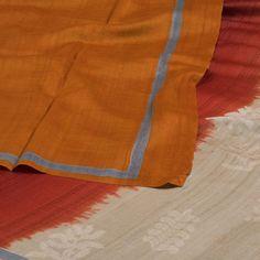 Weavers Studio Hand Printed Tussar Silk Saree 10001191 - AVISHYA.COM
