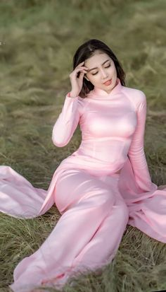 Women One Piece Swimsuits Top 10 You should have one Vietnamese Traditional Dress, Vietnamese Dress, Traditional Dresses, Most Beautiful Indian Actress, Beautiful Asian Women, Ao Dai, Women's One Piece Swimsuits, Beauty Full Girl, Sexy Asian Girls