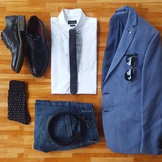 Sharp Saturday grid from @modish.man   Pages to upgrade your style  @stylishmanmag  @shopthatgrid  @dadthreads  @flygrids