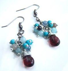 Boucles d'oreille grappes avec des mini perles de par Adrimag