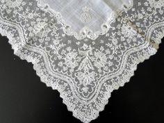 Maria Niforos - Fine Antique Lace, Linens & Textiles : Antique Lace # LA-292 Magnificent Mechlin Lace Handkerchief w/ Royal Provenance