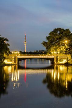 Blick auf die Schwanenwikbrücke   Bildschönes Hamburg