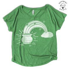 Lucky Irish Clover T-shirt Funny Boobs Pecs Cheeky Tee Paddys Hipster Indie Top
