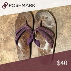 SPRING BREAK SALE!!! Keen Sandals EUC So cute! Purple leather. Keen Shoes Sandals