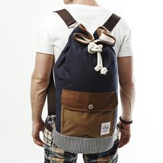 Duffle Bag Navy Brown by DRIFE