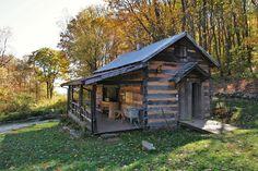 bunk house of woods hole hostel!!