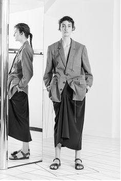 Chalayan Resort 2019 London Collection - Vogue