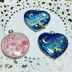 Diy Resin Art, Diy Resin Crafts, Uv Resin, Jewelry Crafts, Handmade Jewelry, Kawaii Jewelry, Kawaii Accessories, Resin Jewelry Making, Best Friend Jewelry