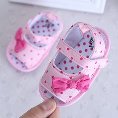 Cheap shoes baby, Buy Quality princess baby shoes directly from China baby shoes Suppliers: Toddler Shoes Indoor Soft Princess Baby Shoes year Soft Bottom Chinese Wind Printing Soles Bow Footwear Shoes Baby Toddler Sandals, Baby Sandals, Toddler Shoes, Baby Booties, Girls Sandals, Cute Baby Shoes, Baby Girl Shoes, Girls Shoes, Newborn Shoes