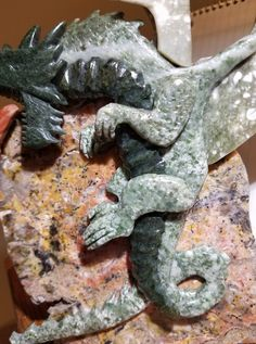 Close-up of Jade Dragon from set with Knight.