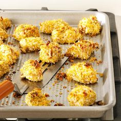 Pecan-Crusted Chicken Nuggets Recipe- Recipes I loved chicken nuggets as a child. This baked version is healthier than the original, and it's a great meal for kids. Chicken Nugget Recipes, Chicken Nuggets, Chicken Meals, Pecan Recipes, Cooking Recipes, Diabetic Recipes, Yummy Recipes, Yummy Food, Blender Recipes