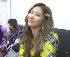 Yuri, Japanese Girl Group, Pop Idol, Always And Forever, The Wiz, Boys Who, Animated Gif, Kpop Girls, My Girl