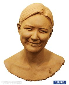 Figure Poses, Drawing Practice, Female Portrait, Clay Art, Sculpture Art, Sculpting, Carving, Statue, Drawings
