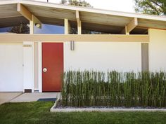 Curb Appeal Tips for Midcentury Modern Homes   Landscaping Ideas and Hardscape Design   HGTV