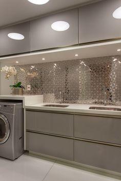 Kitchen Room Design, Kitchen Cabinet Design, Modern Kitchen Design, Bathroom Interior Design, Home Decor Kitchen, Rustic Kitchen, Kitchen Interior, Kitchen Ideas, Modern Kitchen Cabinets