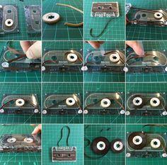 Diy Guitar Pedal, Guitar Pedals, Tape Installation, Cassette Tape, Diy Electronics, Bending, Vintage Shops, Circuit, Audio
