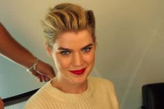 GIF Tutorial: A Mad Men-Inspired Holiday Updo -- The Cut