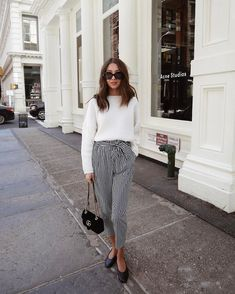 """Gefällt 2,272 Mal, 29 Kommentare - Felicia Akerstrom Ma (@fakerstrom) auf Instagram: """"Finally found the perfect striped pants more of this look on my blog!"""""""