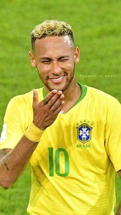 Football Shirts, Football Players, Fifa, Best Football Skills, Soccer World Cup 2018, Neymar Jr Wallpapers, Neymar Brazil, Neymar Pic, Instagram Picture Quotes