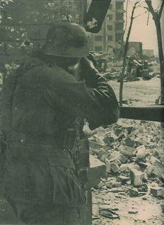 Close combat in Stalingrad 1942