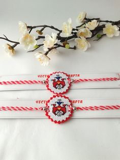 Cross Stitch Art, Cross Stitch Embroidery, Cross Stitch Patterns, Baba Marta, Easy Crafts To Make, Cross Stitch Christmas Ornaments, Bulgarian, Photo Jewelry, Beautiful Necklaces