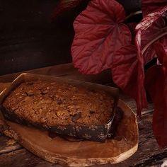 Nos tons do coração! Bom dia 🌹💗 #bolo #feitopormim #cake #bolobh #igersbolo #igerscake  #cakeoftheday #bolocomflores  #cakelover #amantesdebolo #feitocomamor #feitocomcarinho #feitoemcasa #cookmagazine #novembro #foodgram #foodfotography #tv_stilllife #cakeoftheday #foodstyling #bhdicas #apple #semlactose #nolactose #pormaisdiascombolo #instacake #flores #bhcool #bhdicas #casaecomida #reviewslowliving #cozinharéumatorevolucionário