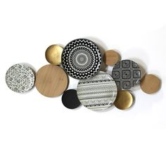 Add intrigue to your living room wall with this Stratton Home Decor Boho Medley Plate Wall Decor. Plate Wall Decor, Metal Wall Decor, Diy Wall Decor, Plates On Wall, Boho Decor, Diy Home Decor, Boho Diy, Walmart Home Decor, Target Wall Decor