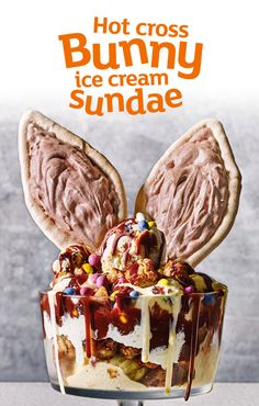 This is the ultimate Easter showstopper – homemade spiced vanilla ice cream, chocolate bunny ear meringues, chunks of toasted hot cross bun, and plenty of chocolate sauce all in one bowl. It's like an Easter Freakshake - but better!