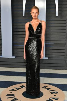BEVERLY HILLS, CA - MARCH Romee Strijd attends the 2018 Vanity Fair Oscar Party hosted by Radhika Jones at Wallis Annenberg Center for the Performing Arts on March 2018 in Beverly Hills, California. (Photo by Dia Dipasupil/Getty Images) Oscar Dresses, Prom Dresses, Formal Dresses, Club Dresses, Celebrity Red Carpet, Celebrity Dresses, Celebrity Babies, Dresses Elegant, Nice Dresses