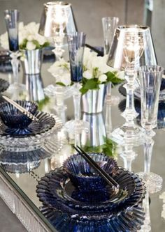 35 Stunning Midnight Blue Color Wedding Ideas – Perfect For Fall And Winter | Weddingomania