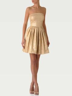 if gold is an accent color in your wedding, why not put your bridesmaids in gold and hold colorful flowers? I love!    Pretty and precious, Tara Jarmon, 280€