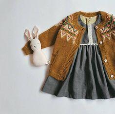 This classic dress is a. Kleider Kleider Luxury grey stripes classic dress with tassels Fashion Kids, Kids Winter Fashion, Little Girl Fashion, Look Fashion, Dress Fashion, Fashion Clothes, Winter Kids, Fashion Pants, Luxury Fashion