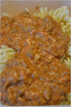Jauhelihakastike - Minced beef sauce